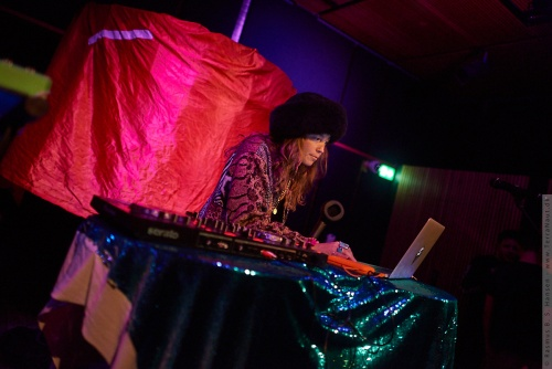 01-2018-00459 - DJ LP Giobbi (US)