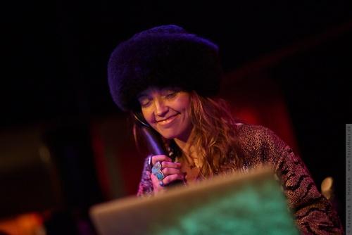 01-2018-00465 - DJ LP Giobbi (US)