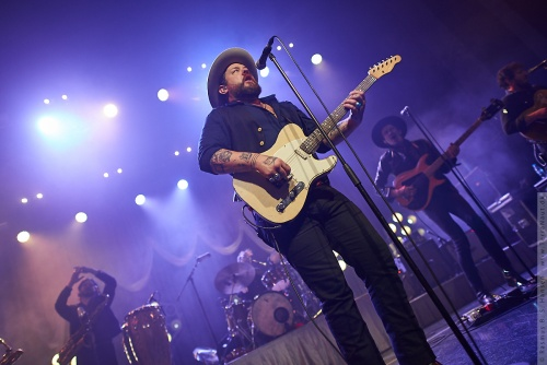 01-2018-01136 - Nathaniel Rateliff and The Night Sweats (US)