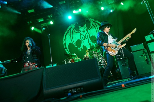 01-2018-02291 - The Hollywood Vampires (US)