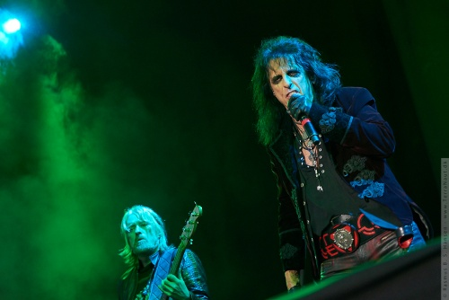 01-2018-02292 - The Hollywood Vampires (US)