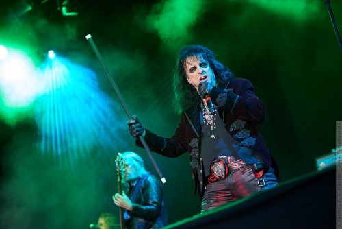 01-2018-02294 - The Hollywood Vampires (US)