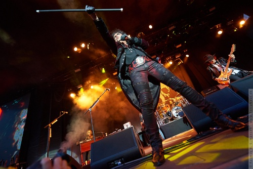 01-2018-02318 - The Hollywood Vampires (US)