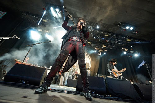 01-2018-02321 - The Hollywood Vampires (US)