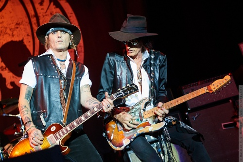 01-2018-02330 - The Hollywood Vampires (US)