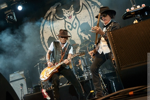 01-2018-02340 - The Hollywood Vampires (US)