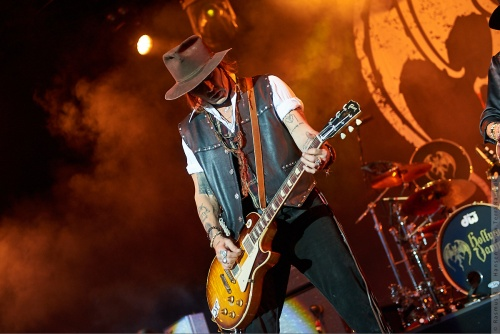 01-2018-02343 - The Hollywood Vampires (US)