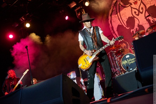 01-2018-02345 - The Hollywood Vampires (US)