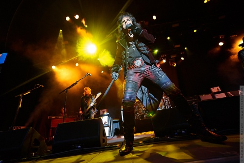01-2018-02358 - The Hollywood Vampires (US)