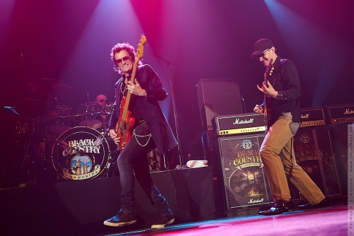 01-2011-06218 - Black Country Communion (US)