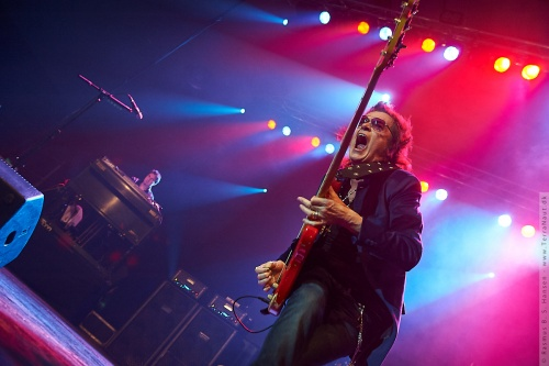 01-2011-06248 - Black Country Communion (US)