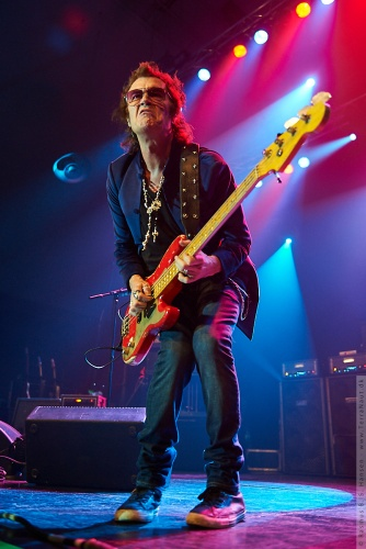 01-2011-06288 - Black Country Communion (US)