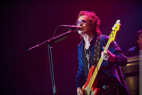 01-2011-06326 - Black Country Communion (US)