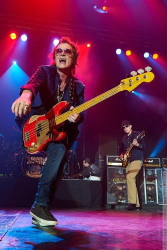 01-2011-06362 - Black Country Communion (US)