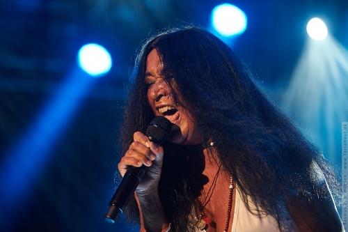 01-2011-06537 - Savage Rose (DK)