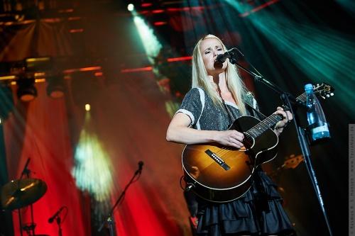 01-2011-06926 - Tina Dickow (DK)