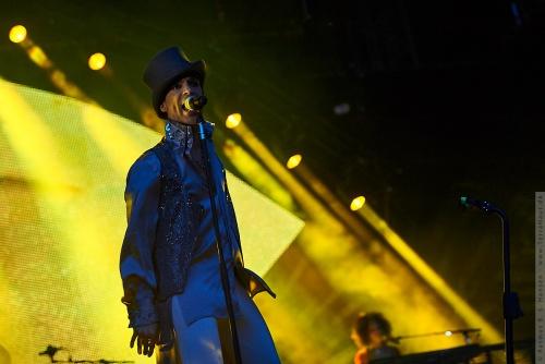 01-2011-07484 - Prince (US)