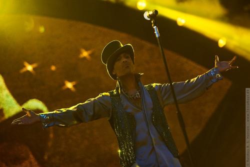 01-2011-07491 - Prince (US)