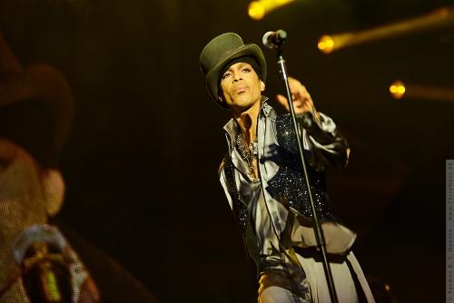 01-2011-07497 - Prince (US)