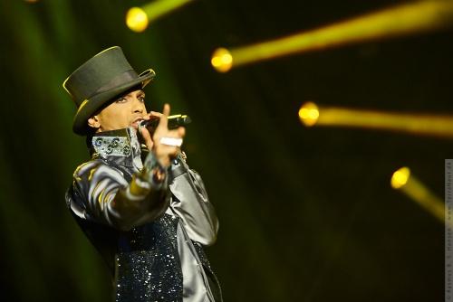 01-2011-07522 - Prince (US)