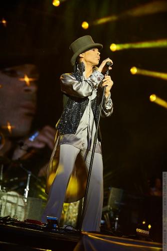 01-2011-07542 - Prince (US)