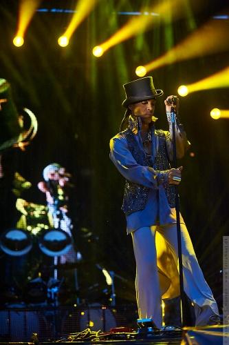 01-2011-07544 - Prince (US)