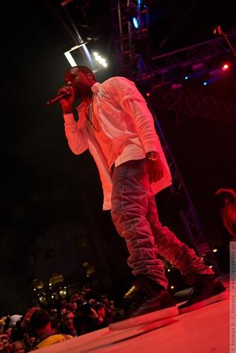 01-2011-07749 - Kanye West (US)
