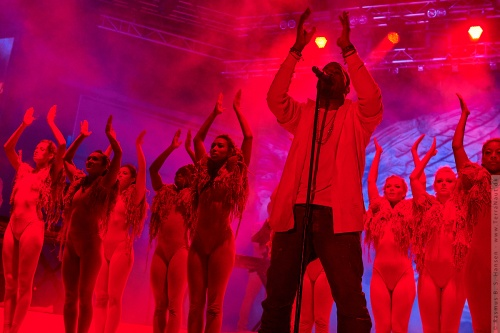01-2011-07771 - Kanye West (US)