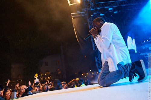 01-2011-07805 - Kanye West (US)