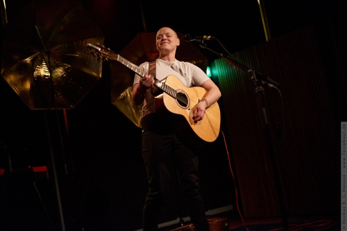 01-2018-04372 - Wallis Bird (IRL)