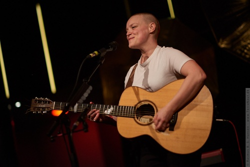 01-2018-04388 - Wallis Bird (IRL)