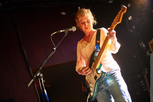 01-2011-11310 - Throwing Muses (US)