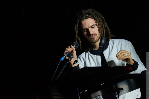 01-2019-00185 - FKJ - French Kiwi Juice (FRA)