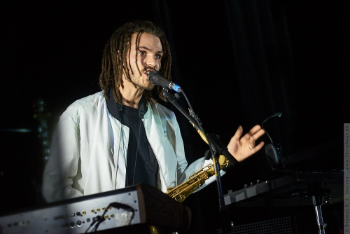 01-2019-00194 - FKJ - French Kiwi Juice (FRA)