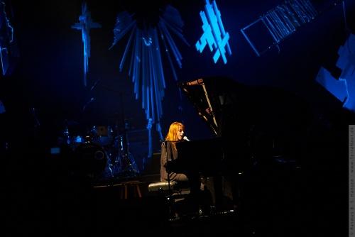 01-2011-12084 - Susanne Sundfør (NO)