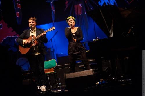 01-2011-12090 - Rebekka Maria og Jonas Petersen (DK)