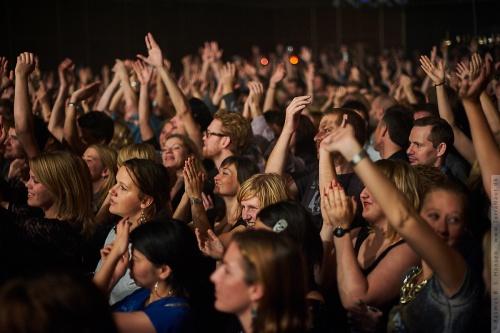 01-2011-12332 - When Saints Go Machine (DK)