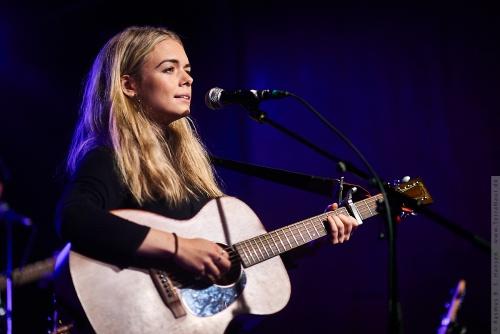 01-2019-03207 - Chloe Foy (UK)