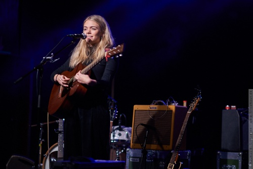 01-2019-03211 - Chloe Foy (UK)