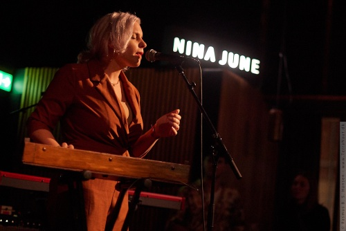 01-2019-03294 - Nina June (HOL)
