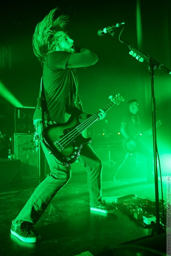 01-2012-00354 - Mastodon (US)