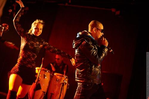 01-2012-00817 - Gente De Zona (CUB)