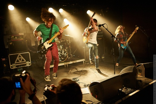 01-2012-02123 - Pulled Apart By Horses (UK)