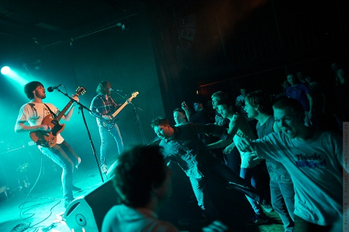 01-2012-02149 - Pulled Apart By Horses (UK)