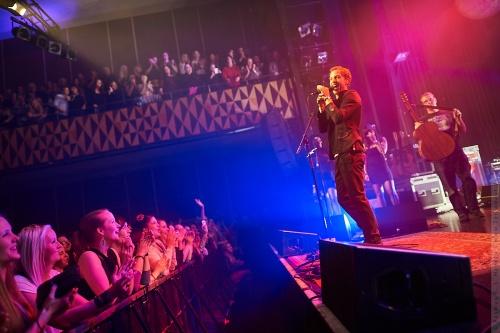 01-2012-02504 - James Morrison (UK)