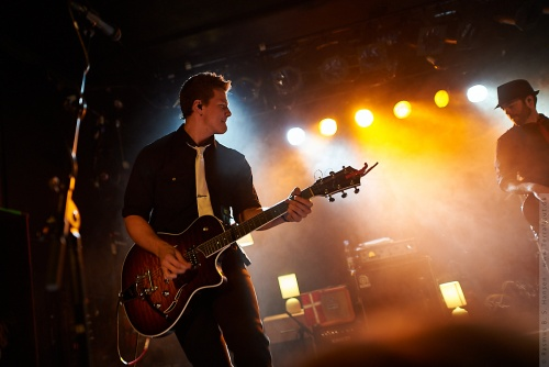 01-2012-02581 - Tyler Ward (US)