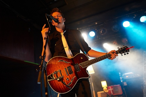 01-2012-02594 - Tyler Ward (US)