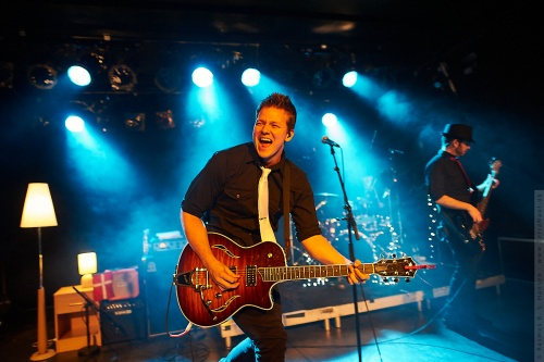 01-2012-02611 - Tyler Ward (US)