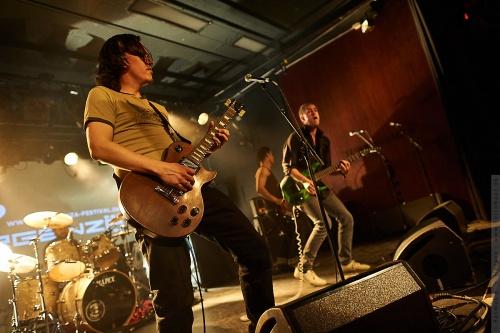 01-2012-03650 - 2Nd Down (DK)