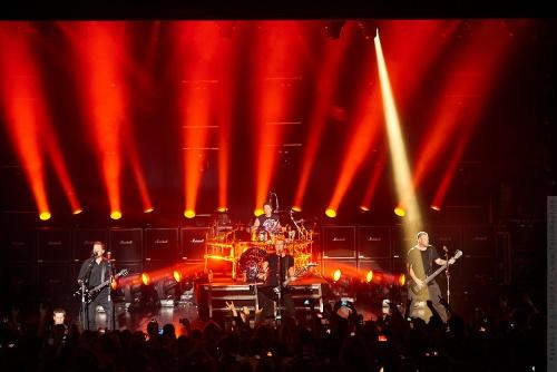 01-2012-11768 - Nickelback (US)
